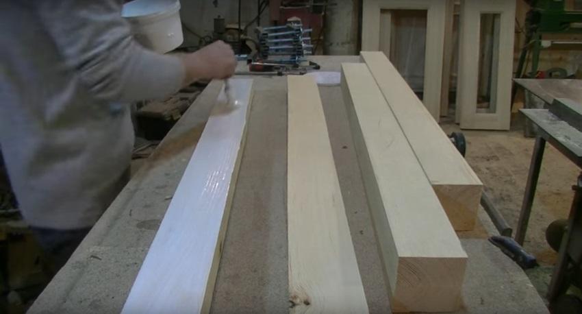 Склеивание древесины - ручное нанесение клея
